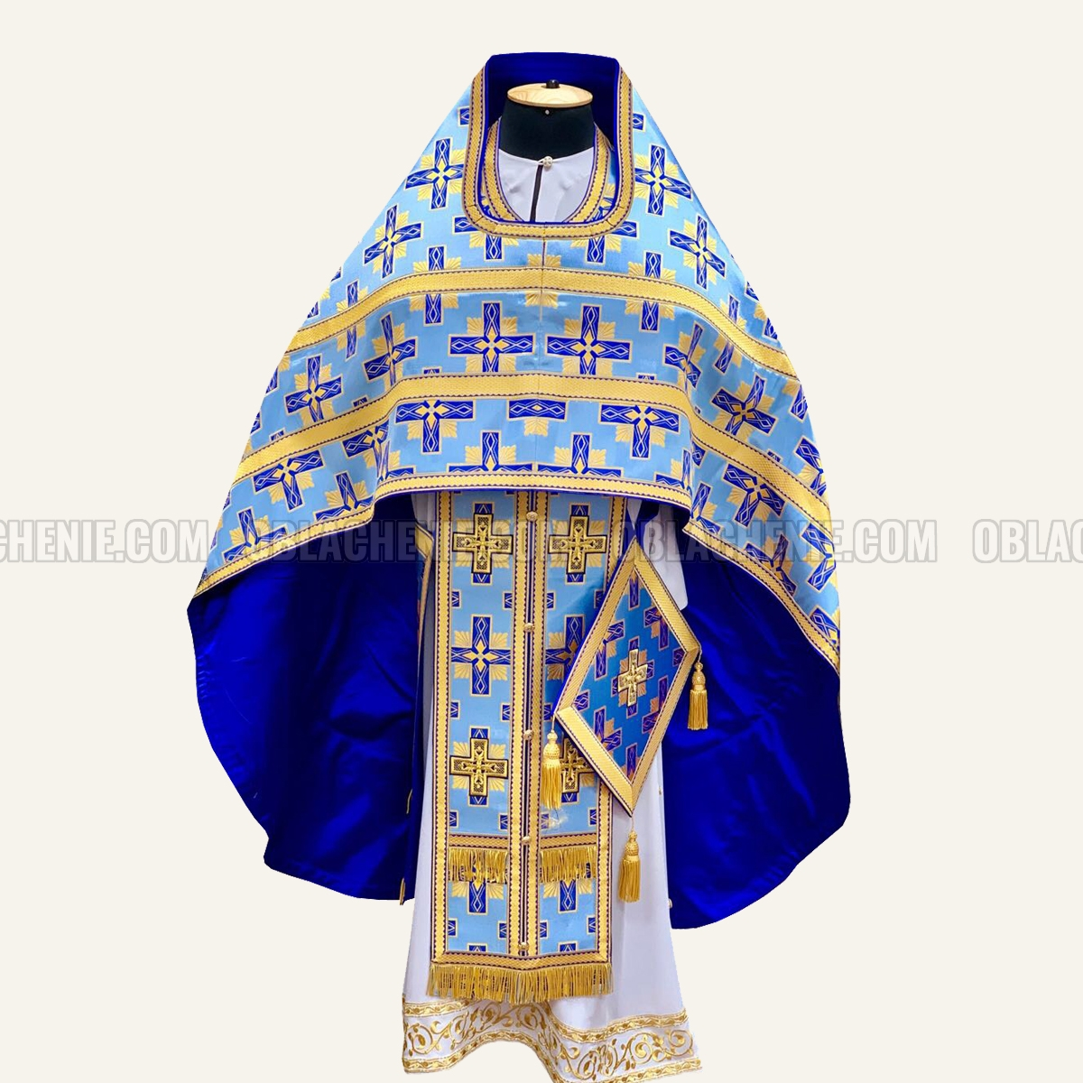 Priest's vestments 10040