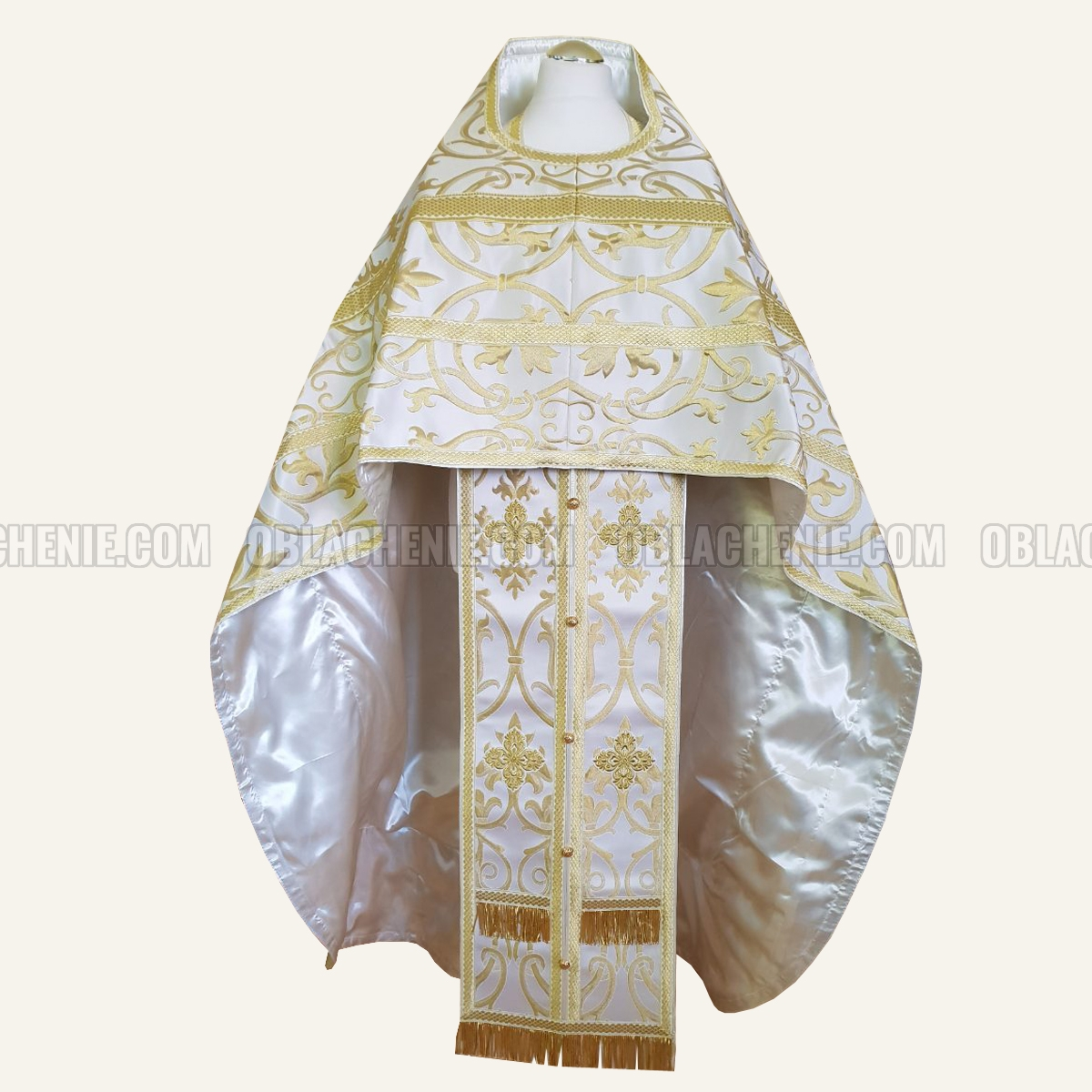 Priest's vestments 10088