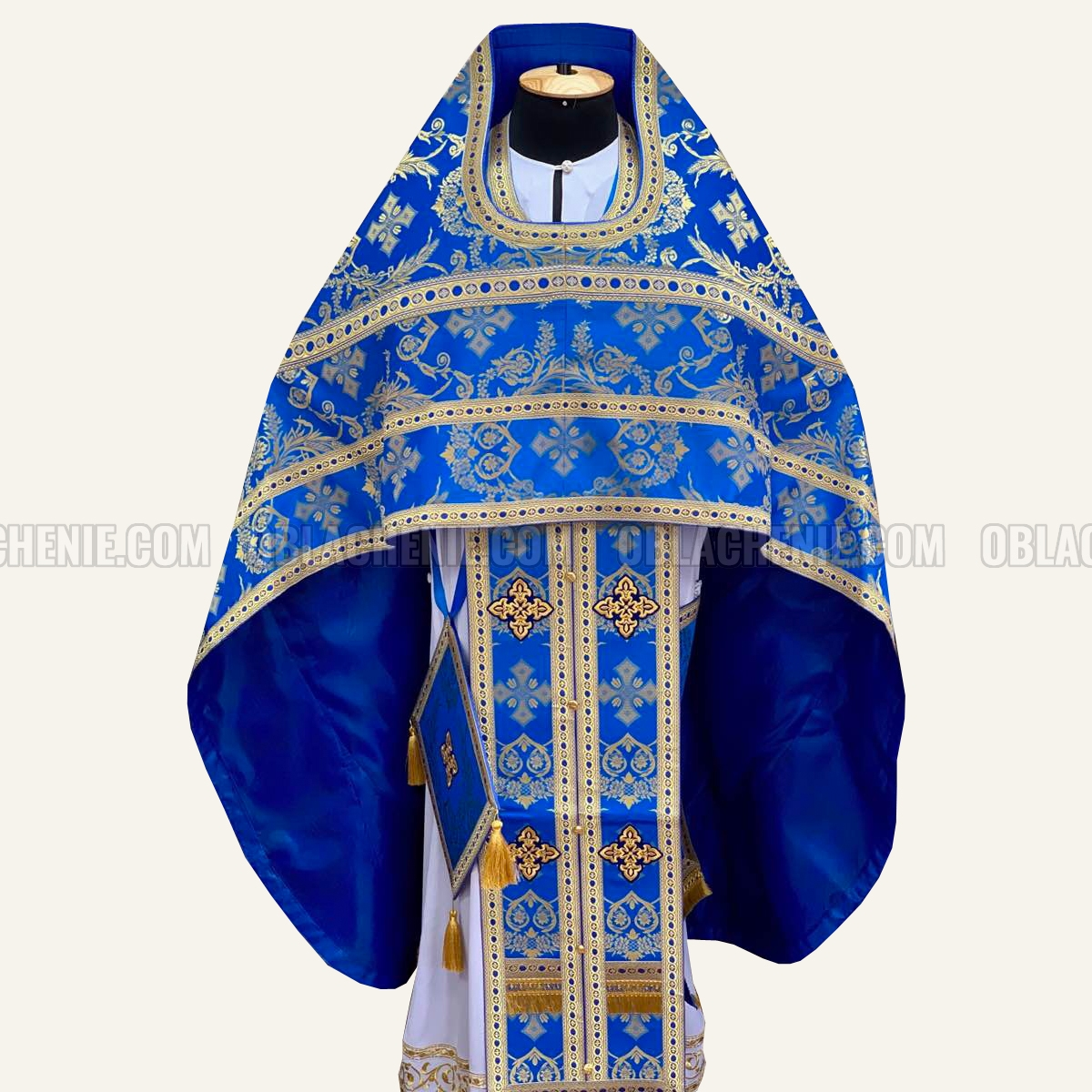Priest's vestments 10126