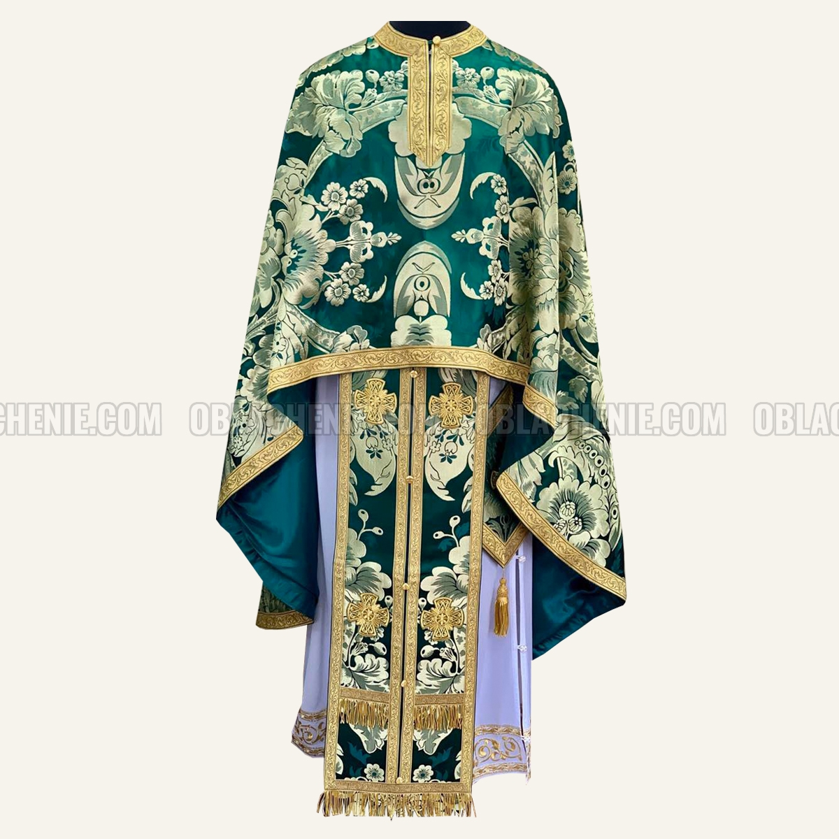 Priest's vestments 10158
