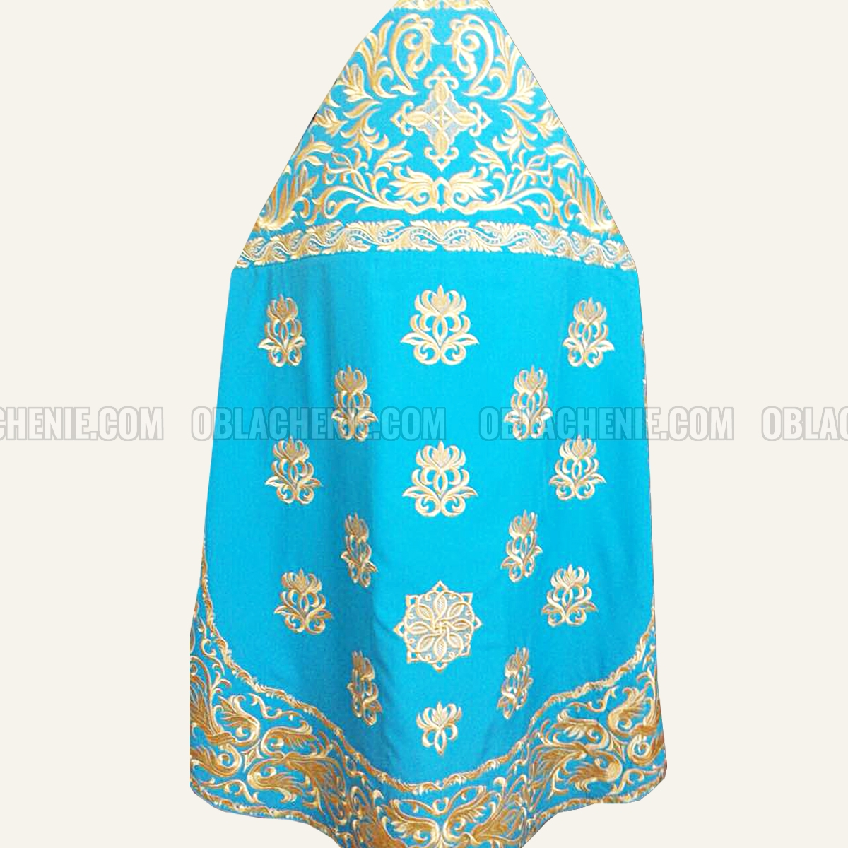 Embroidered priest's vestments 10178