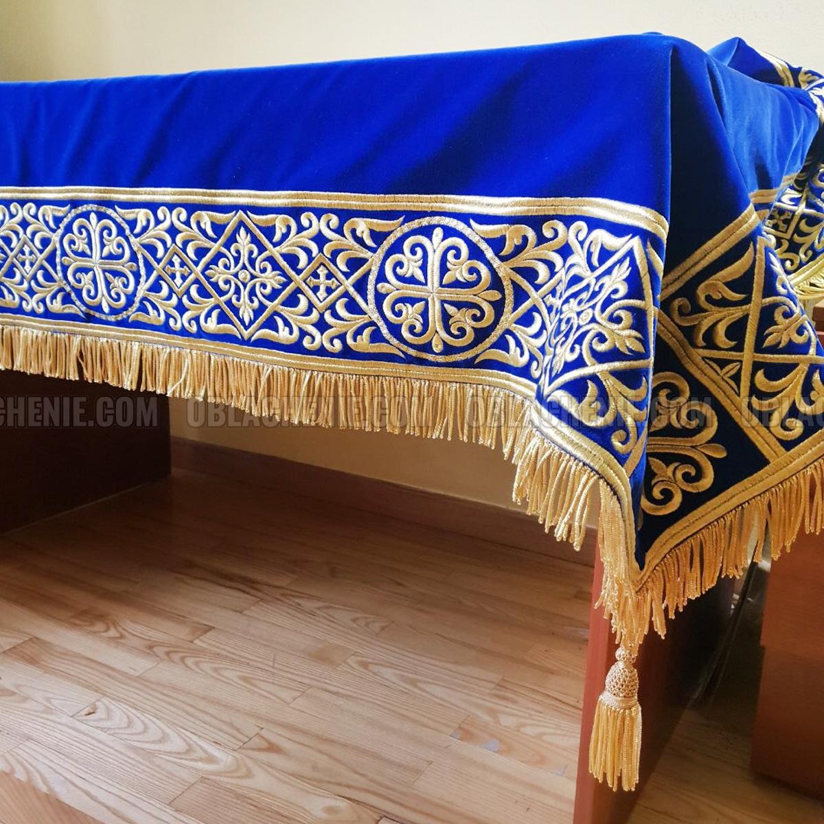 Скатерть на престол 10439