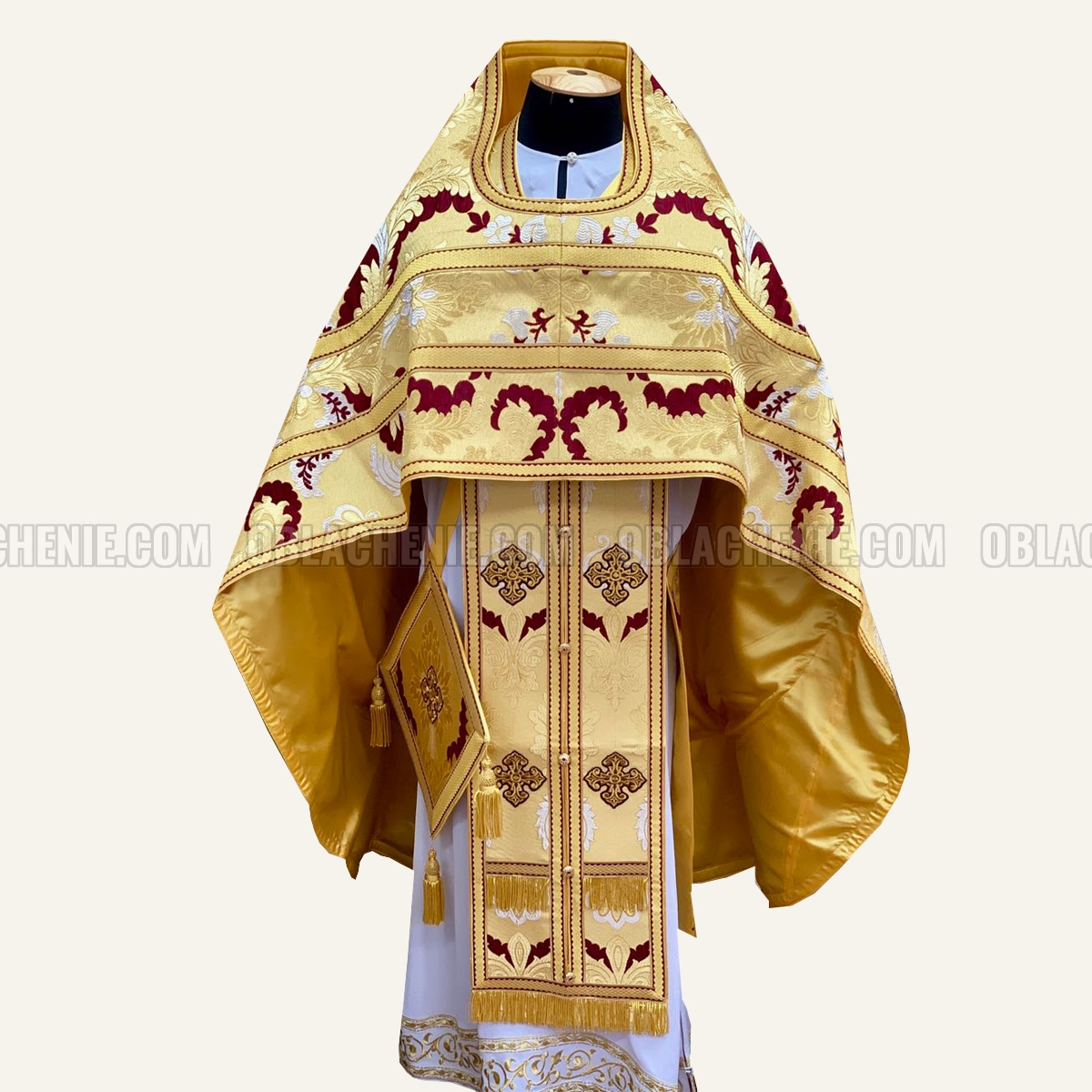 Priest's vestments 10691