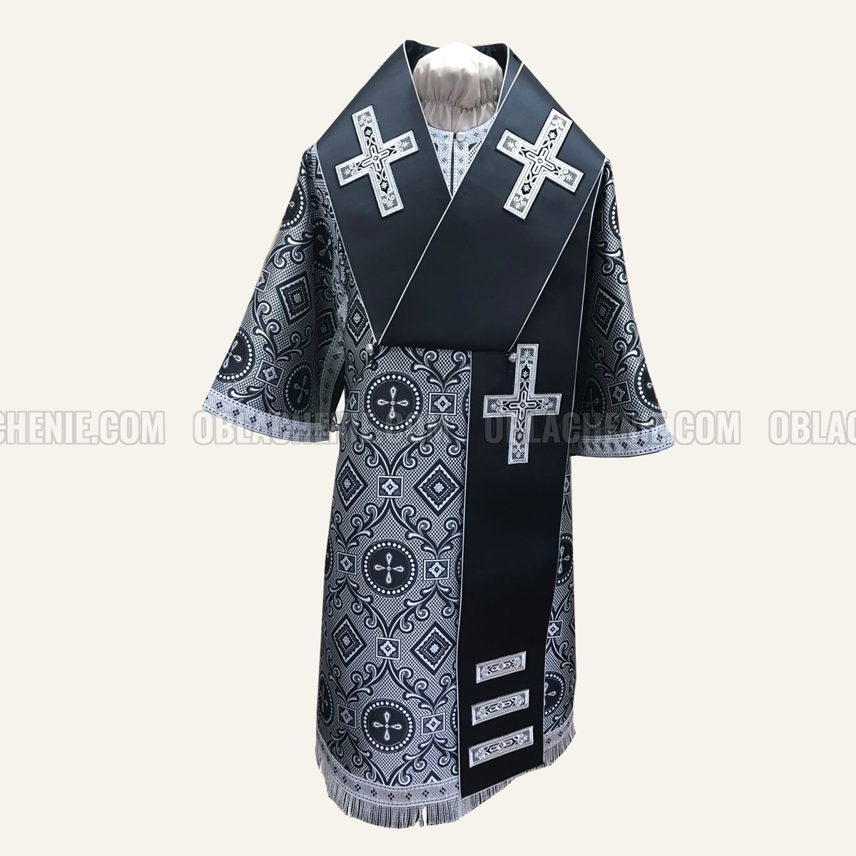 Bishop's vestments 10769