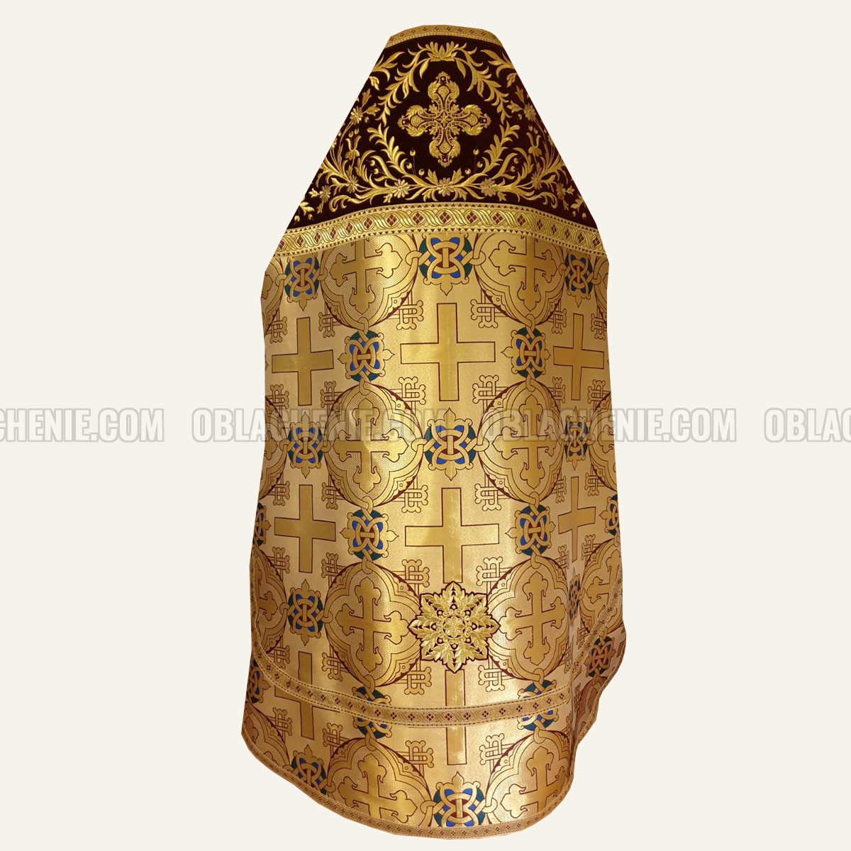PRIEST'S VESTMENTS 10819