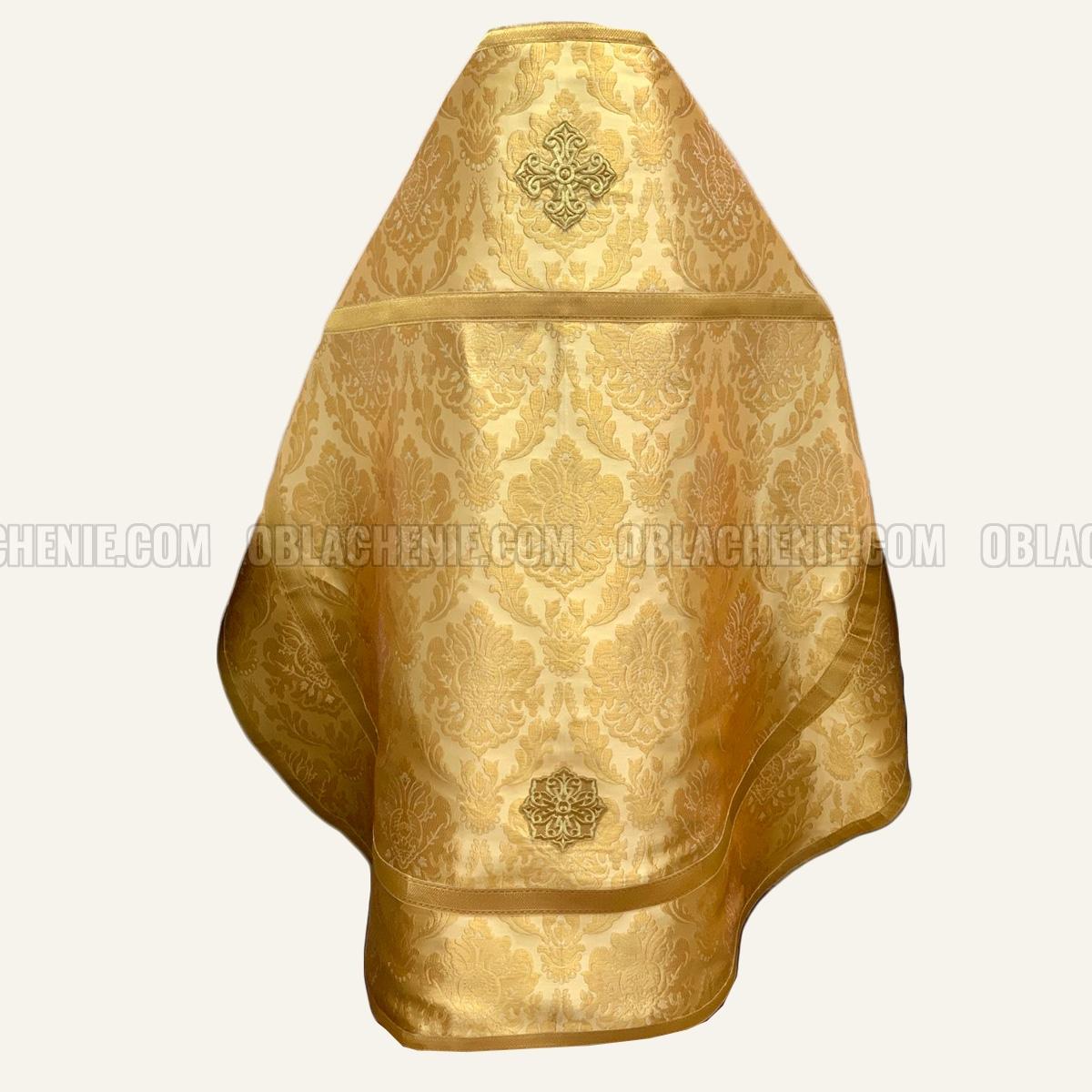 PRIEST'S VESTMENTS 10820