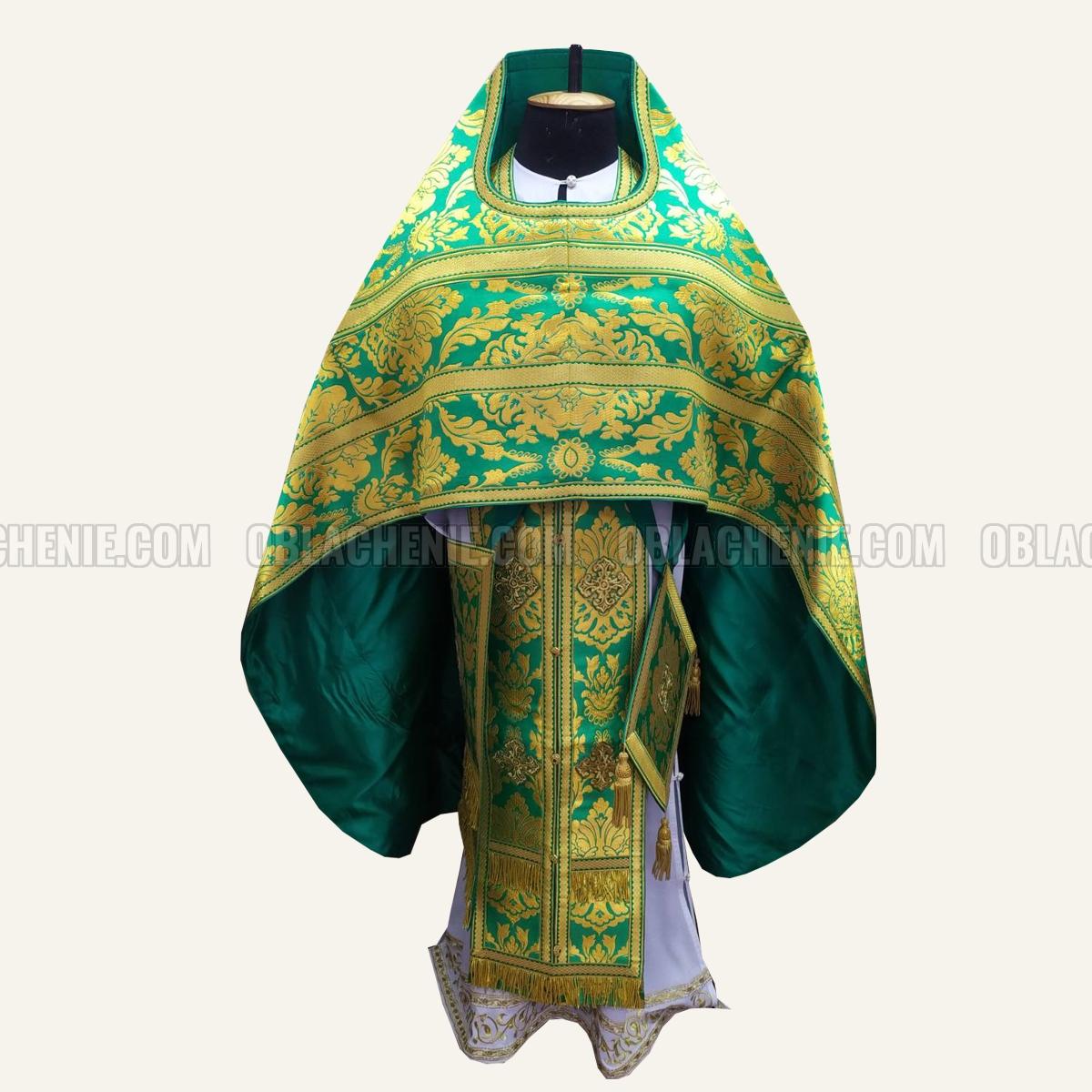 PRIEST'S VESTMENTS 10935