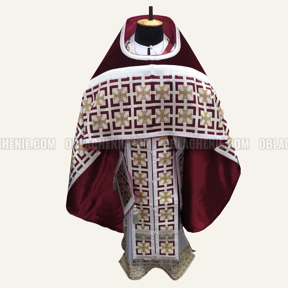 PRIEST'S VESTMENTS 10940