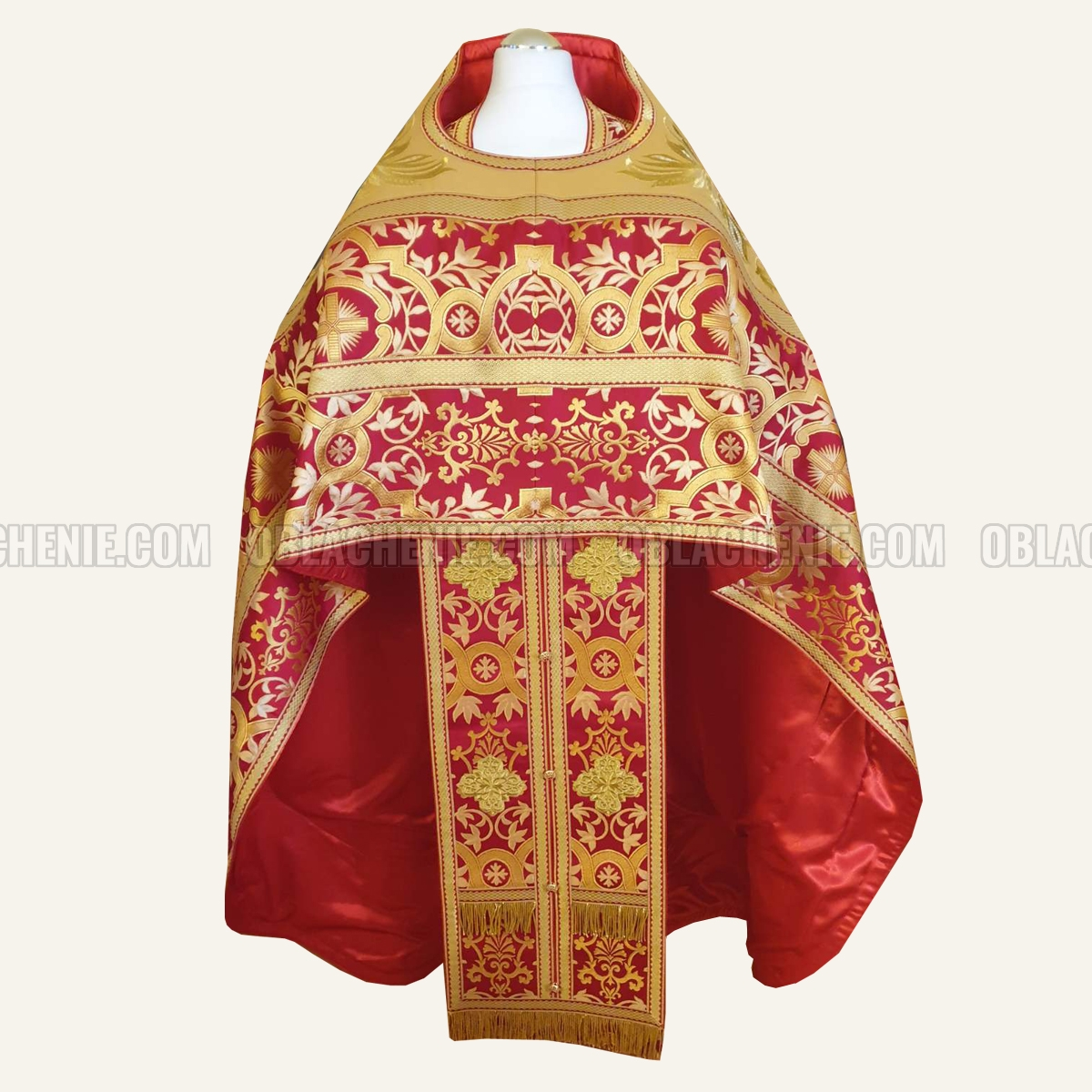 PRIEST'S VESTMENTS 10951
