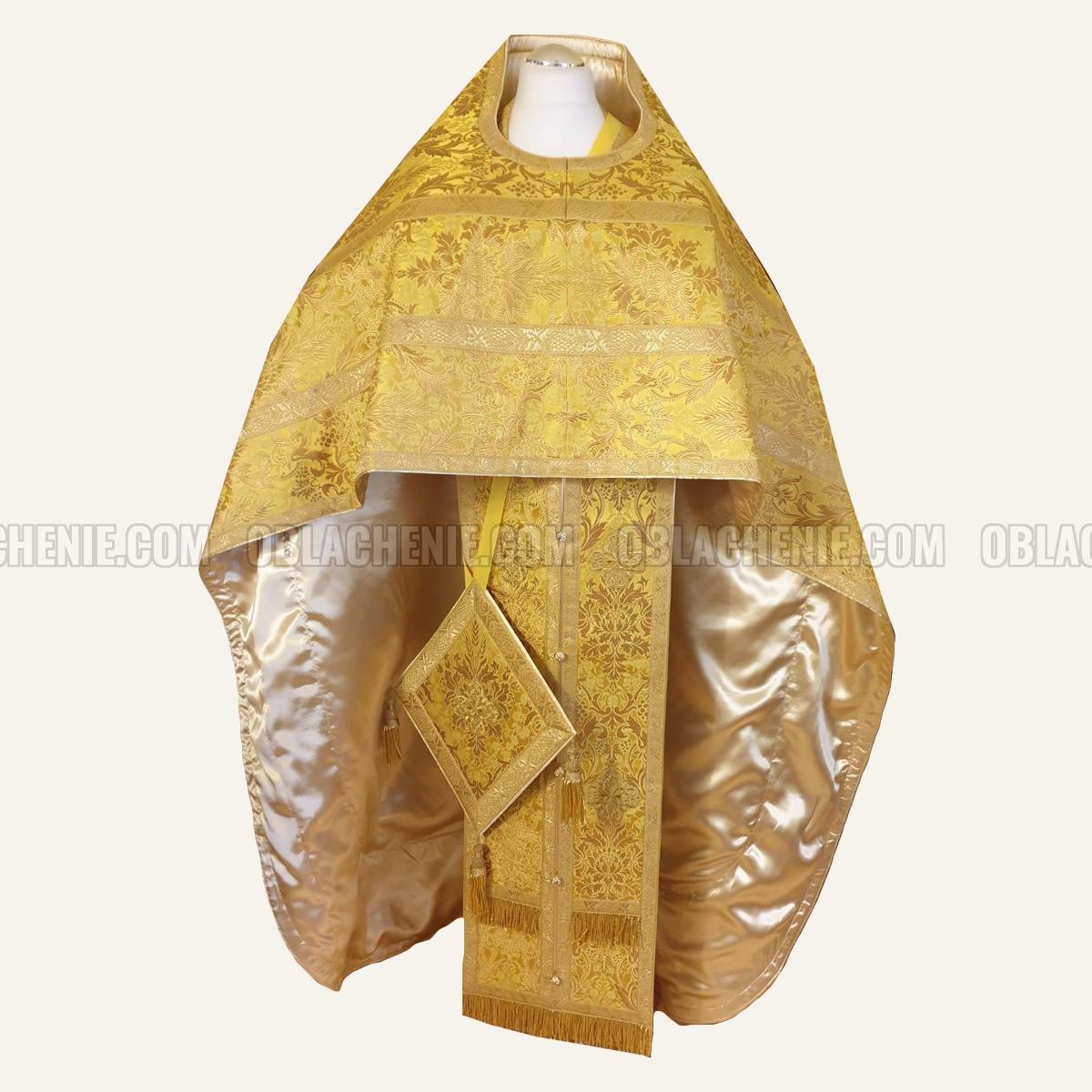 PRIEST'S VESTMENTS 10980