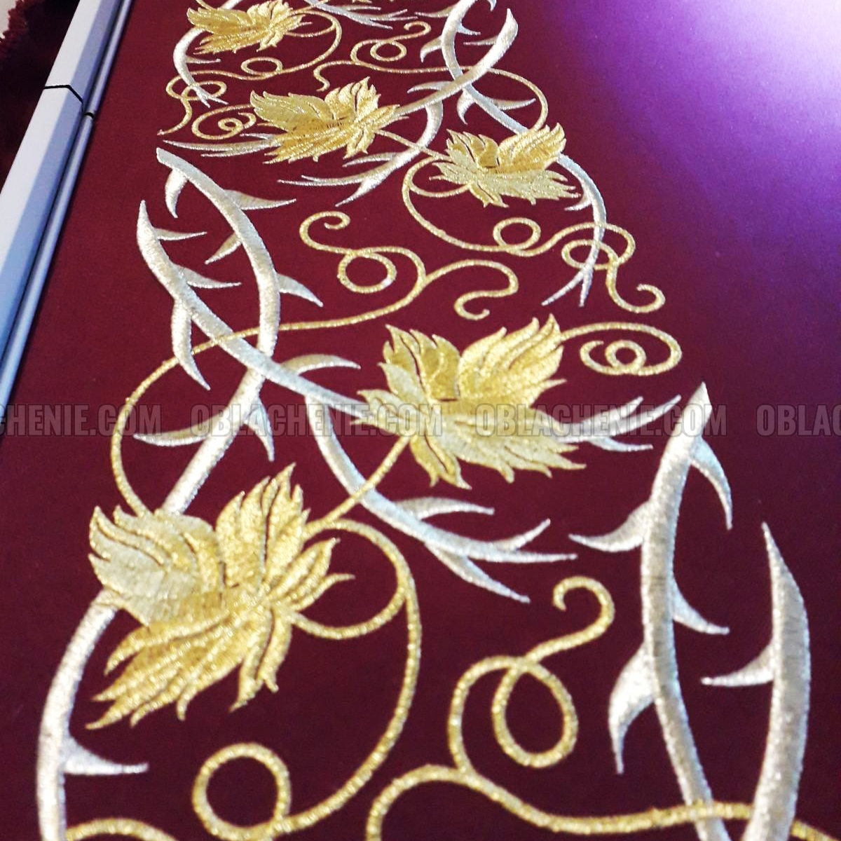 HOLY TABLE VESTMENTS 10986