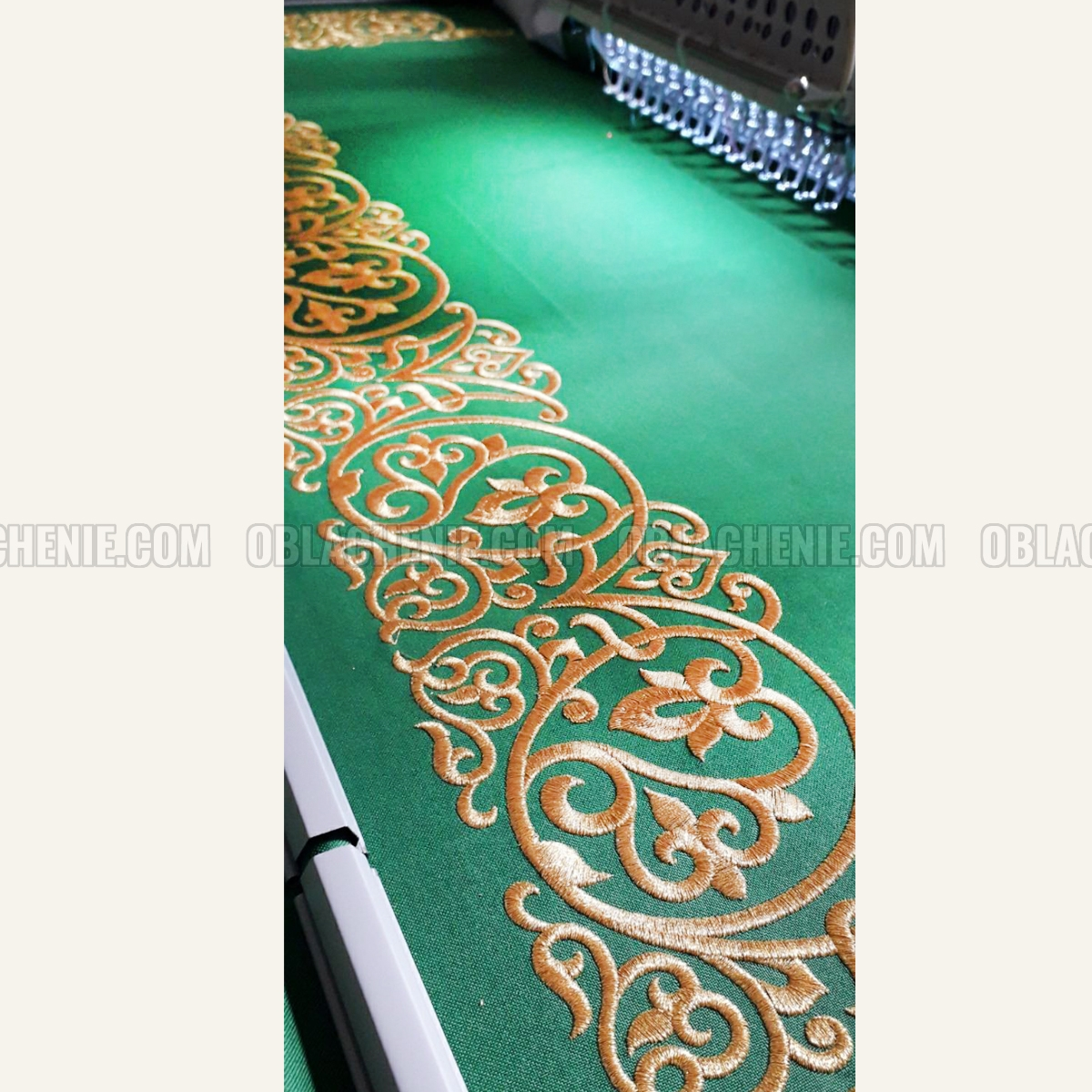 HOLY TABLE VESTMENTS 10989
