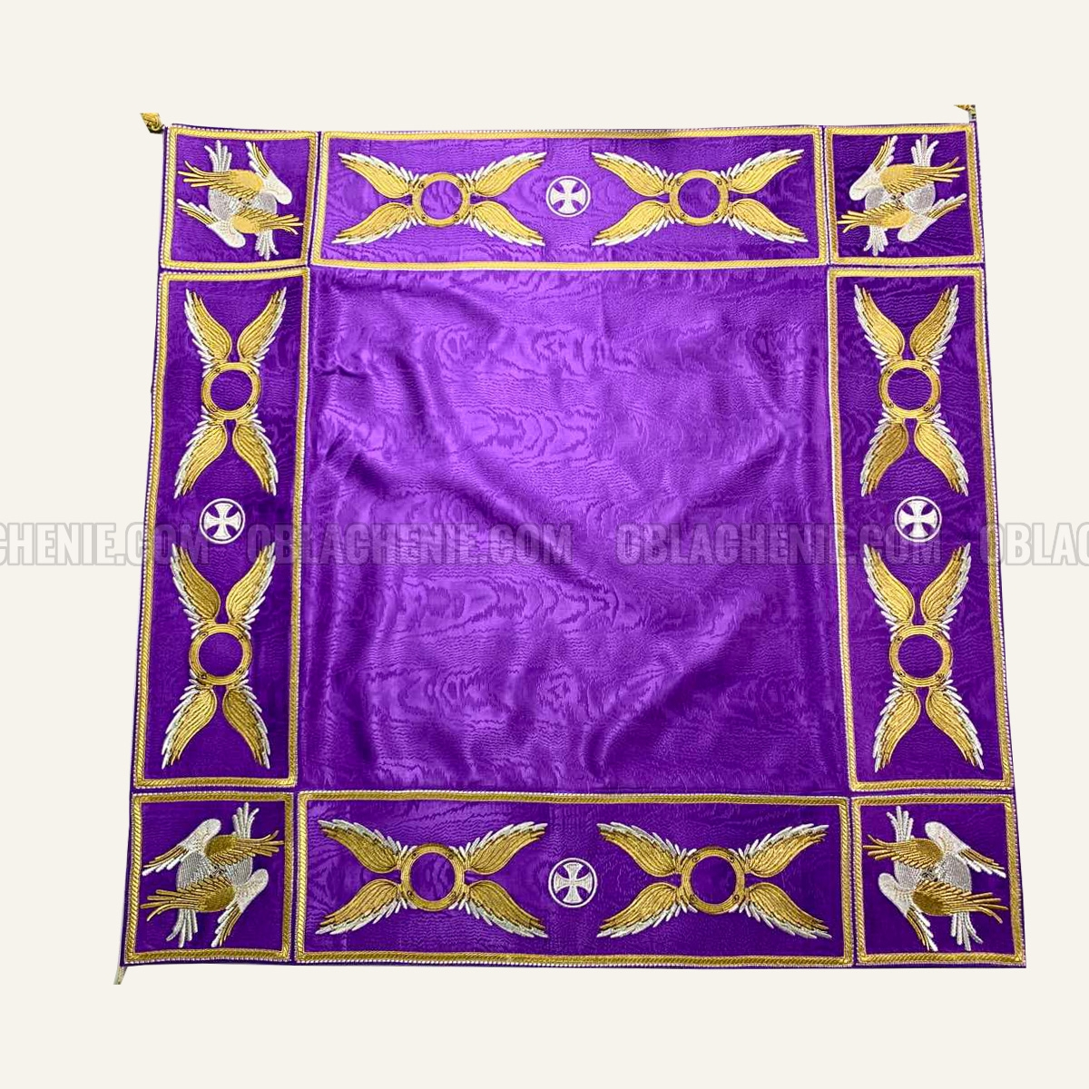 TABLE VESTMENTS 11007
