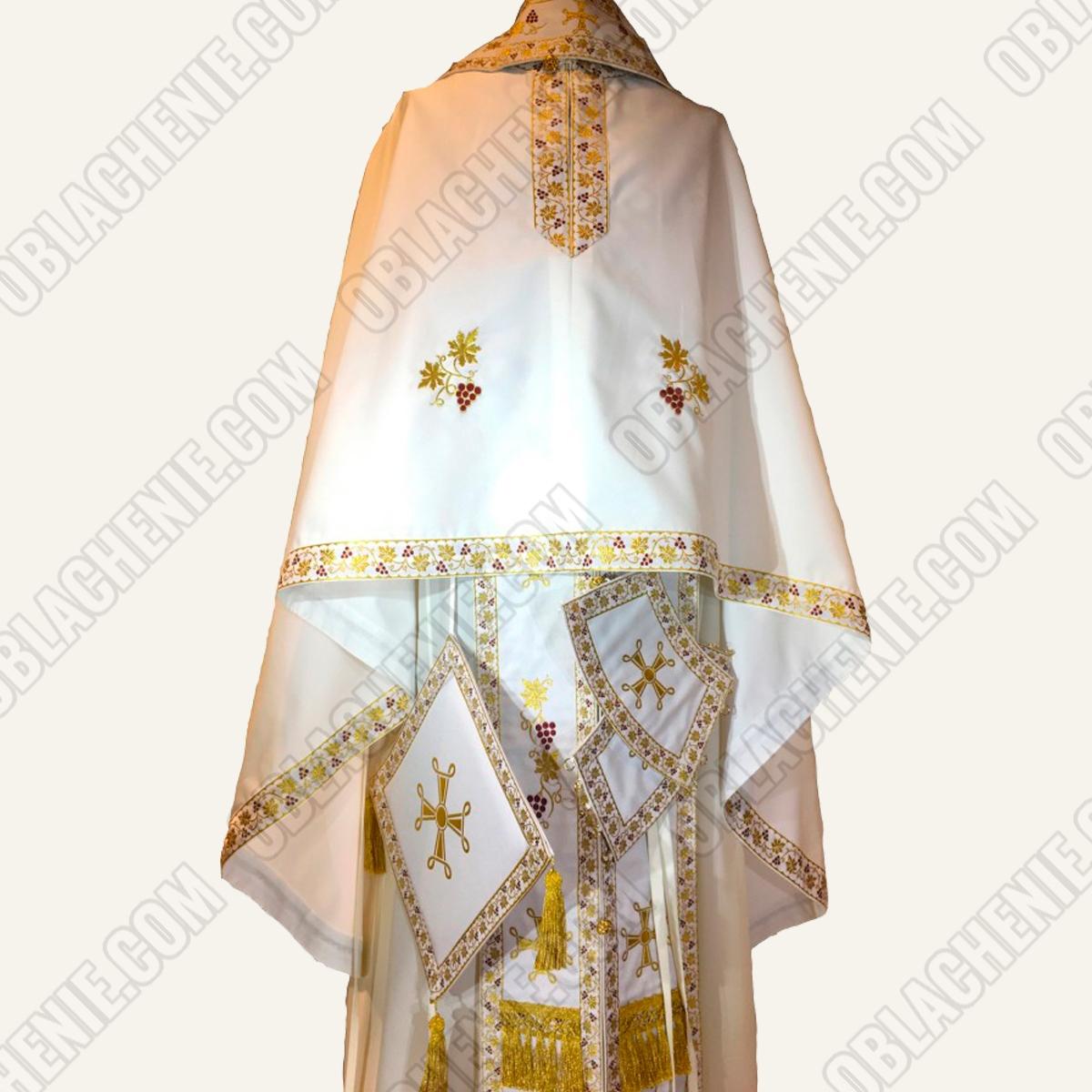 PRIEST'S VESTMENTS 11057
