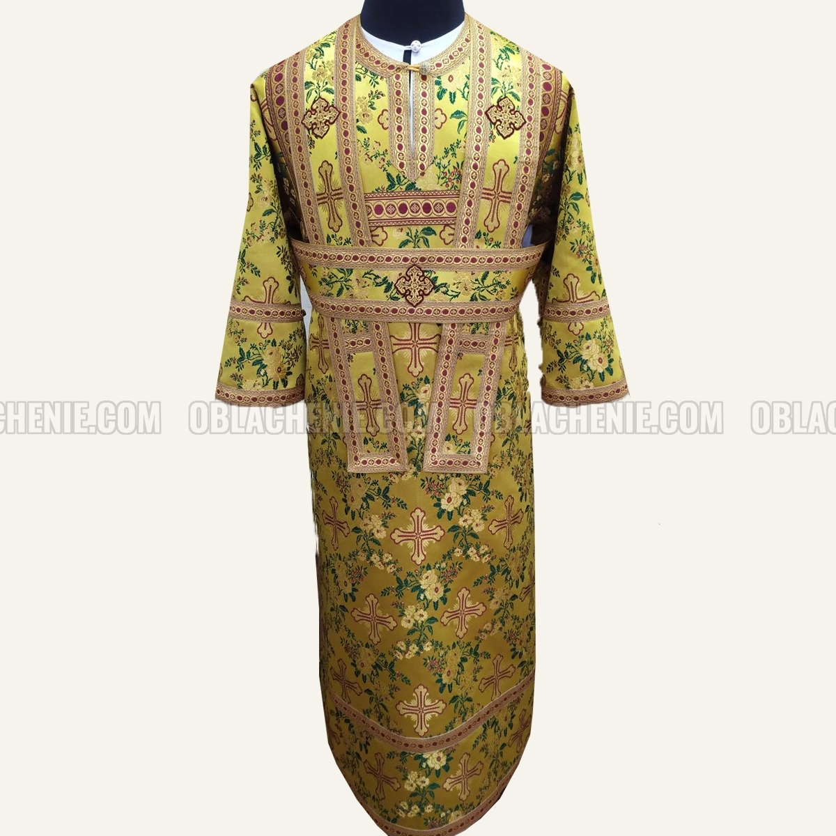 Subdeacon's vestments 11107