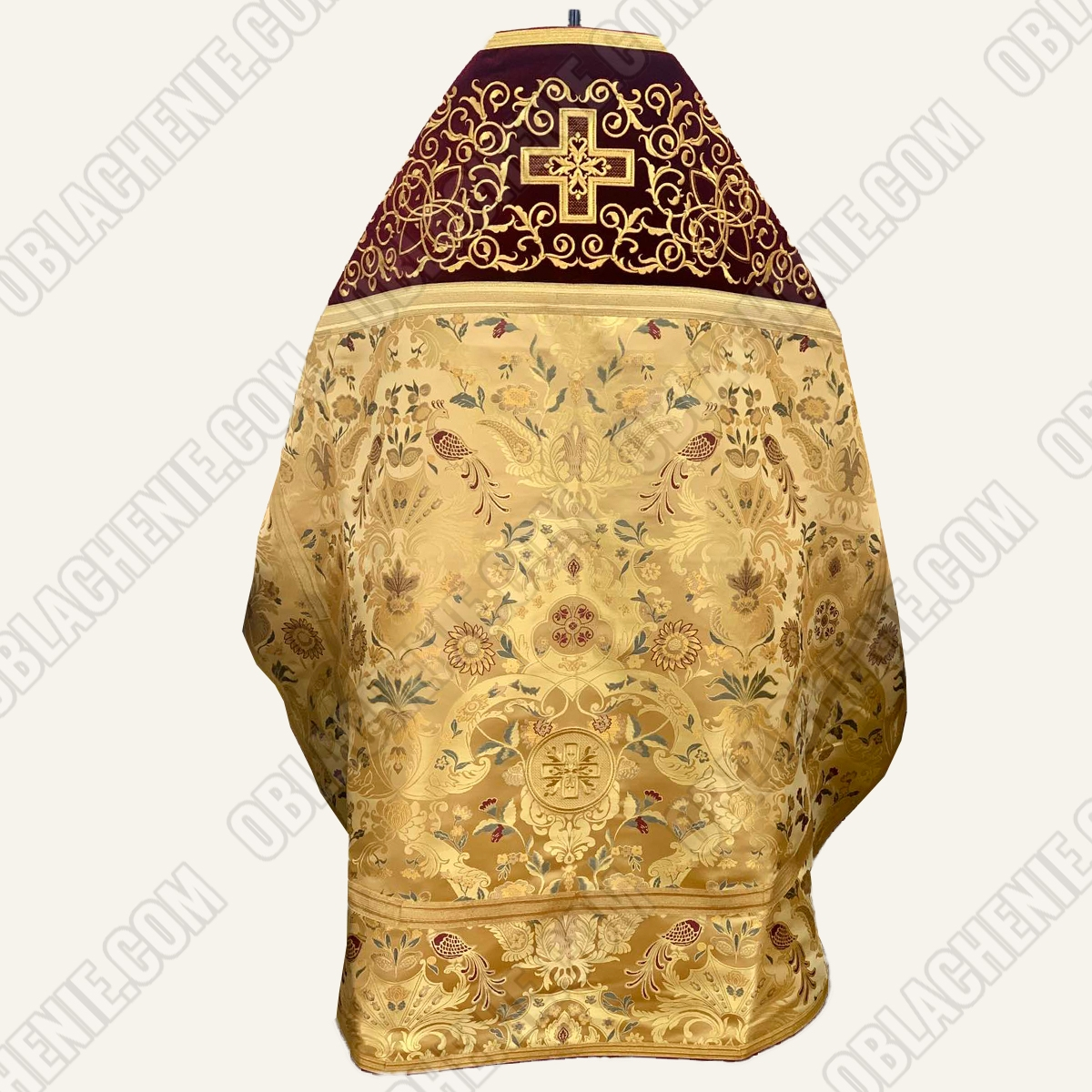 PRIEST'S VESTMENTS 11160