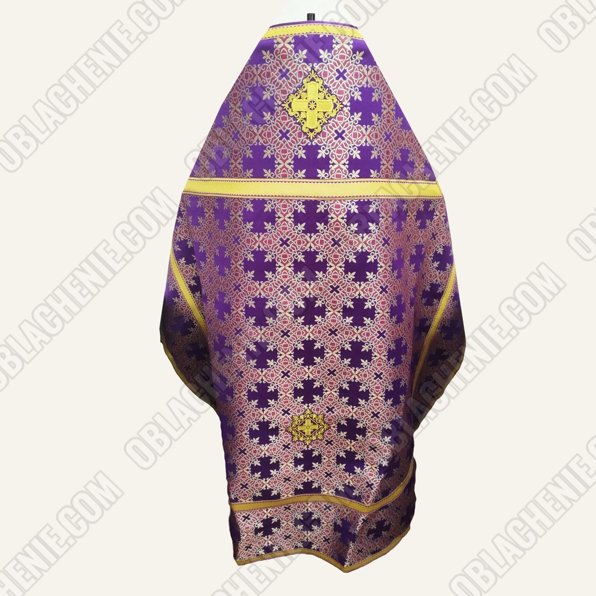 PRIEST'S VESTMENTS 11176
