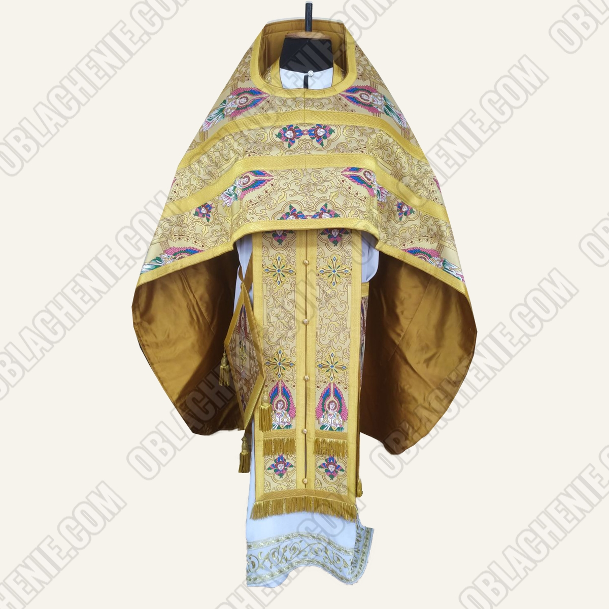 PRIEST'S VESTMENTS 11181