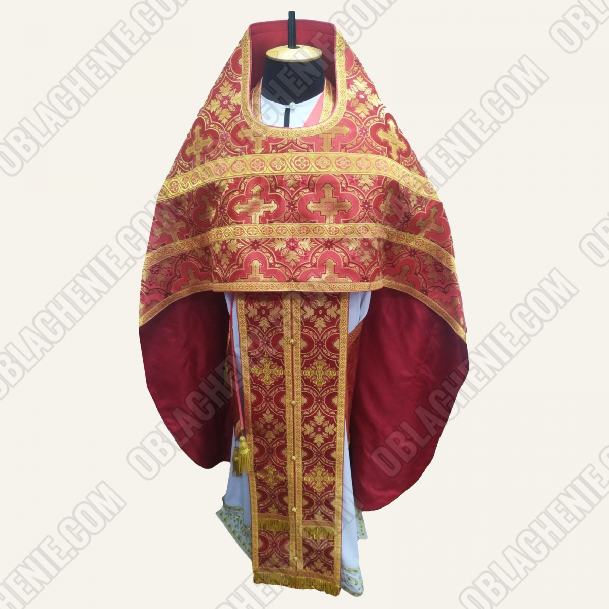 PRIEST'S VESTMENTS 11269