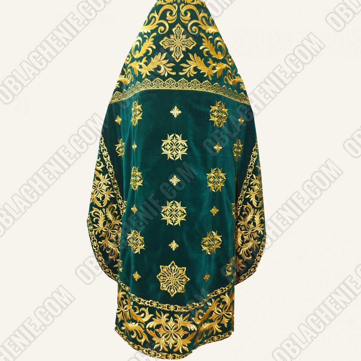 EMBROIDERED PRIEST'S VESTMENTS 11311