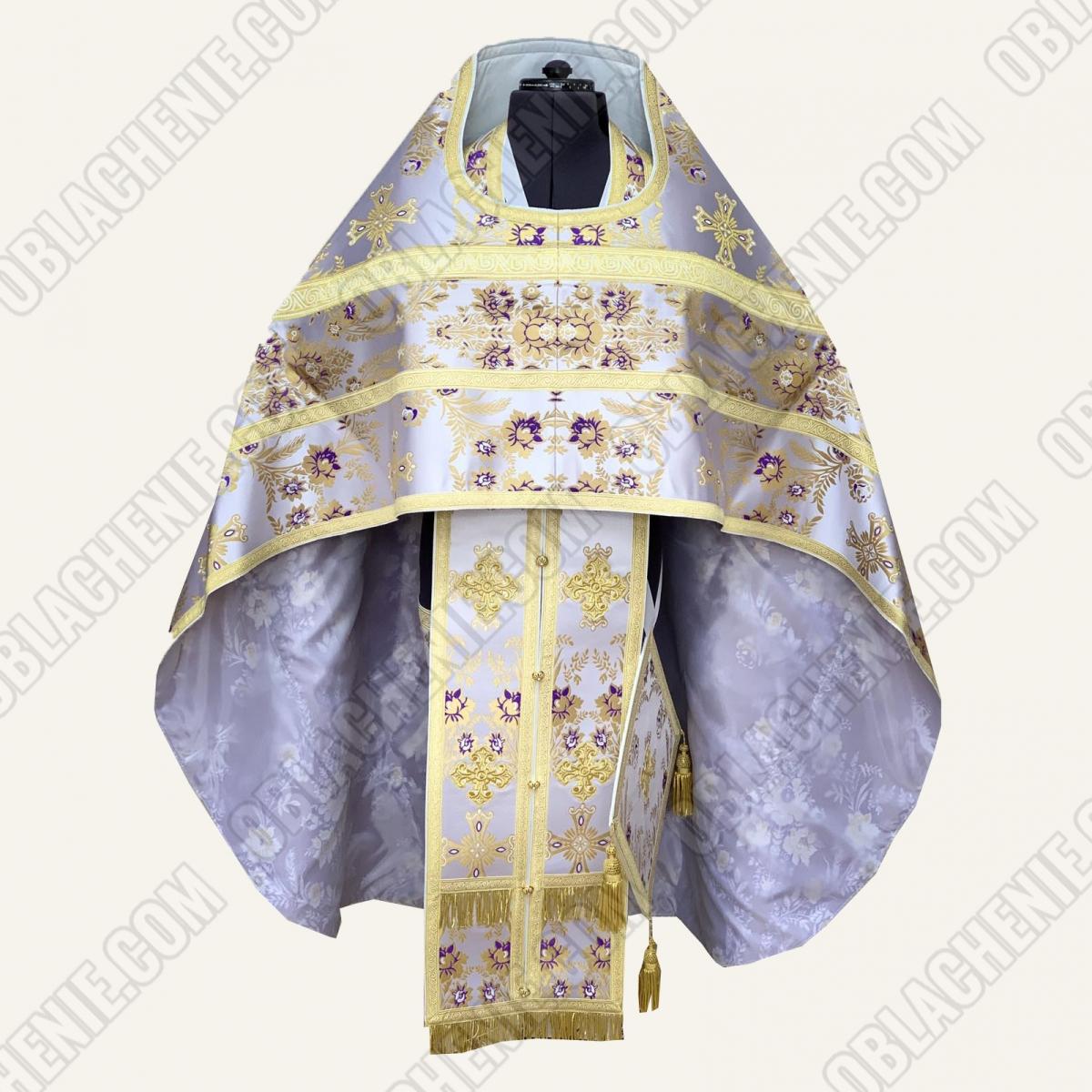 PRIEST'S VESTMENTS 11585
