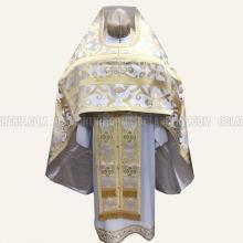 Priest's vestments 10041 1