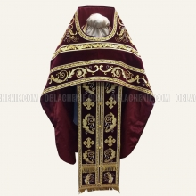 Embroidered priest's vestments 10179