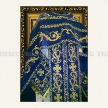 Embroidered priest's vestments 10183 2
