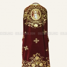 Embroidered priest's vestments 10187 2
