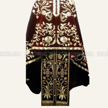 Embroidered priest's vestments 10187 3