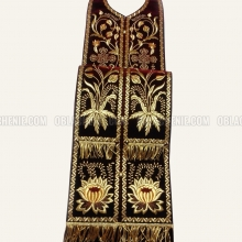 Embroidered priest's vestments 10187 5