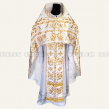 Embroidered priest's vestments 10211