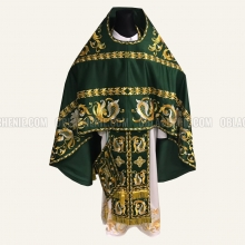 Embroidered priest's vestments 10218 2