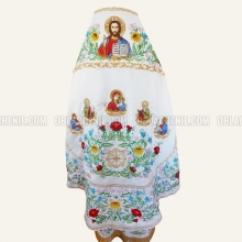 Embroidered priest's vestments 10220