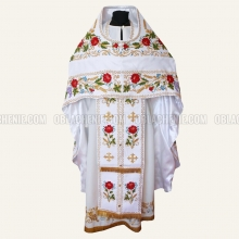 Embroidered priest's vestments 10225 2