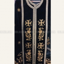 Embroidered priest's vestments 10229 2