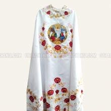 Embroidered priest's vestments 10237