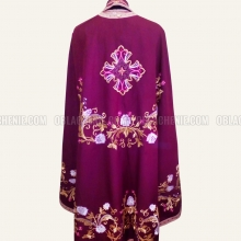 Embroidered priest's vestments 10238