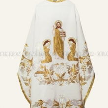 Embroidered priest's vestments 10239