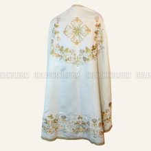 Embroidered priest's vestments 10250