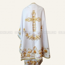 Embroidered priest's vestments 10256 2