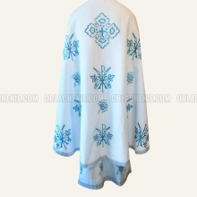 Embroidered priest's vestments 10258