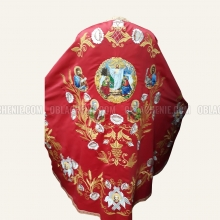 Embroidered priest's vestments 10261