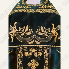 EMBROIDERED PRIEST'S VESTMENTS 11074 3